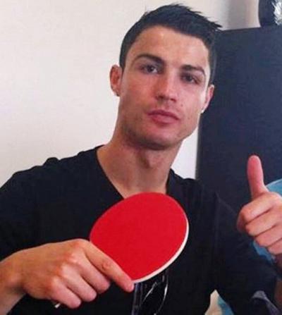 А вы знали, что Криштиану Роналду отлично играет в настольный теннис?